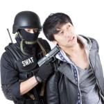 セブ島で日本人60名が不法就労で逮捕!海外で身元を保証するビザは命の次に大事です。