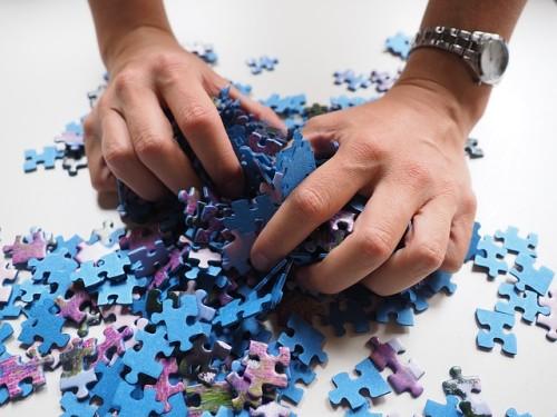 パズルを組み立てろ