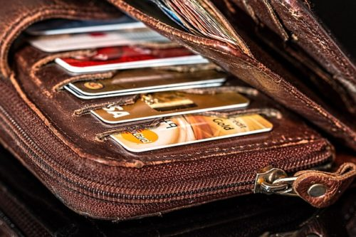 海外旅行にはクレジットカードを最低4枚以上持っていくのがオススメ_6
