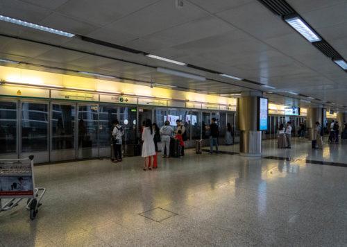 香港国際空港から市内へはエアポートエクスプレスがオススメ_11