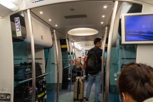 香港国際空港から市内へはエアポートエクスプレスがオススメ_13